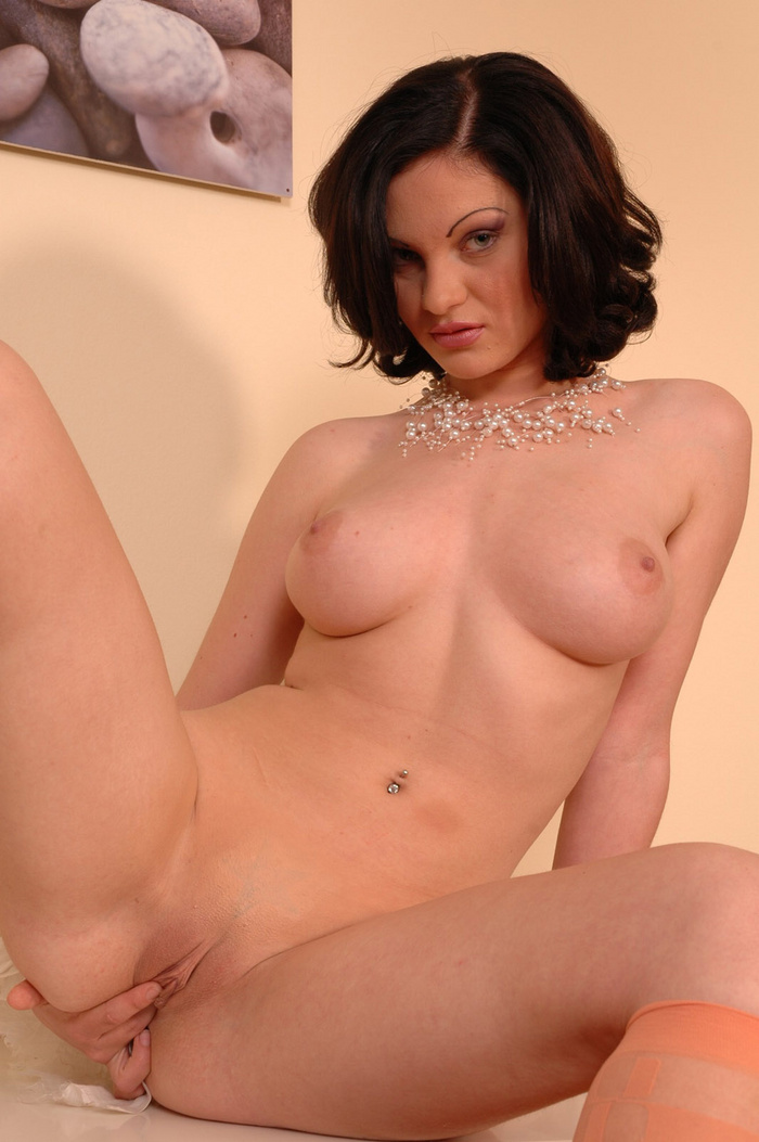 Can not Brunette shaved pussy spread can