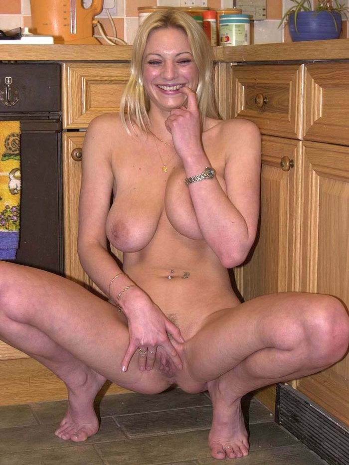 kitchen blonde mom and sonporn